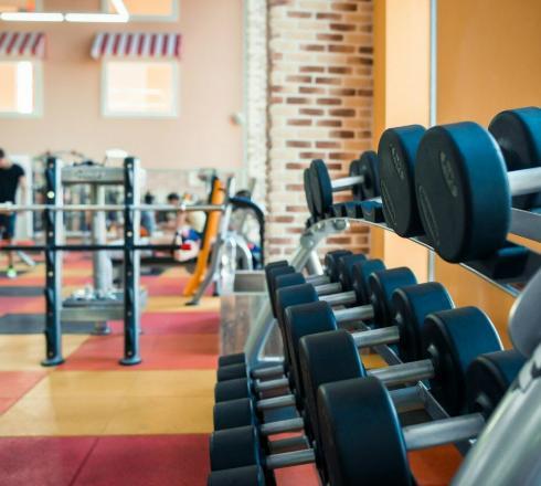 В качестве эффективного решения клиентам фитнес центра предлагается аэробика (химки, фитнес центр) и нагрузки на различных тренажерах.