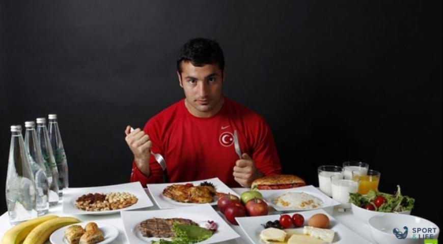 Сколько раз в день питаться атлету?